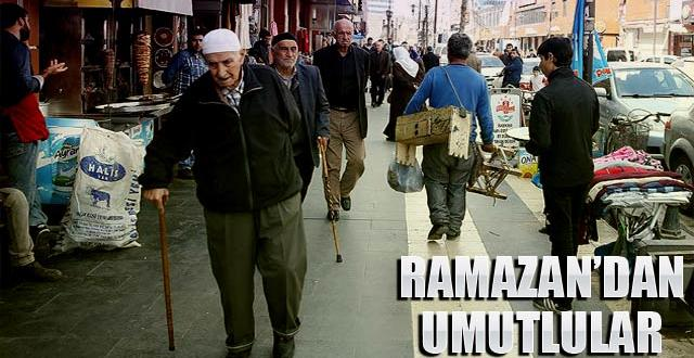 Diyarbakır'ın Sur esnafı Ramazan Ayından umutlu