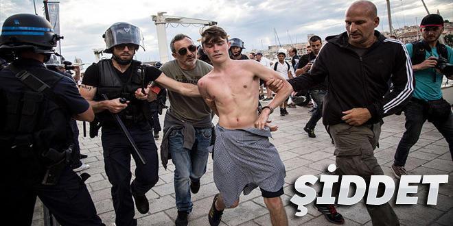 Marsilya'da İngiliz taraftarlara polis saldırısı