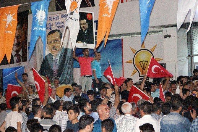 diyarbakirda-darbe-girisimi-yapmak-isteyen-bir-grup-askerin-basarisiz (1)