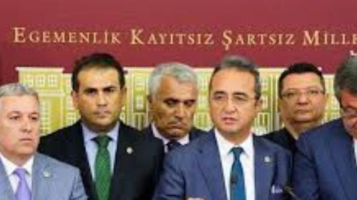 AK Parti'den CHP'deki istifalarla ilgili tepki