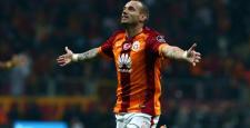 Galatasaray'da Sneijder depremi yaşanıyor