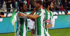 Konyaspor, Trabzonsporu'da mağlup etti
