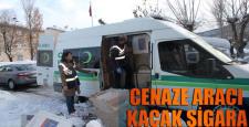 Cenaze aracıyla kaçak sigara taşıdılar, yakalandılar